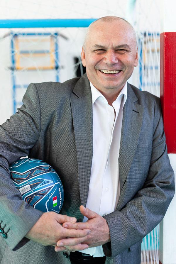 Говорухин Владимир Владимирович - Учитель физкультуры.