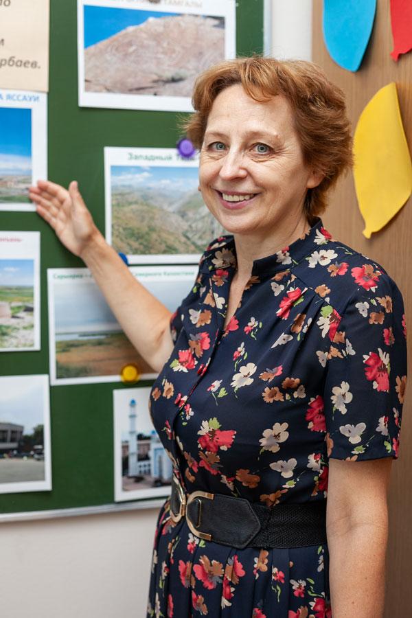 Милованова Наталья Ананьевна - Учитель истории и  обществоведения