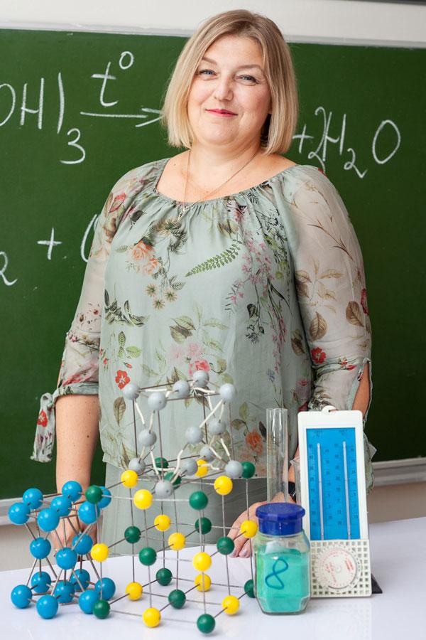 Ульяшева Мария Владимировна - Учитель химии и биологии.